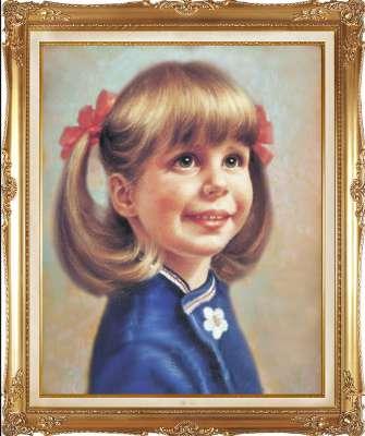 Девочка в синем платице.